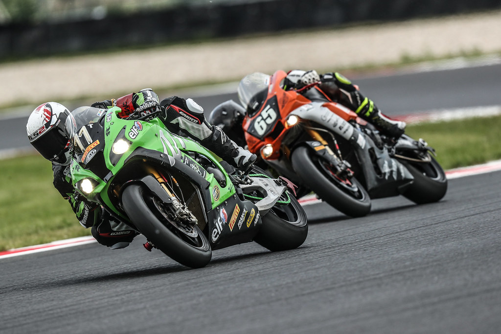 8,Heures,Slovakia,Ring,N 11 Team Src Kawasaki, Gines Mathieu, De Puniet Randy, Guarnoni JéRéMy, Berchet Morgan