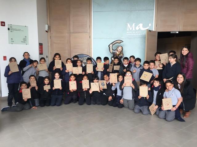 Más de 70 escolares visitan el Museo de Artes UANDES