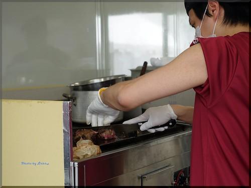 Photo:2018-04-27_T@ka.の食べ飲み歩きメモ(ブログ版)_肉フェス2018で格之進熟成肉とハンバーグ【Event】_03 By:logtaka
