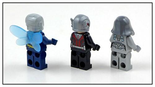 LEGO Marvel Superheroes 76109 Quantum Realm Explorers 12