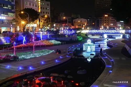 柳川藍帶水岸 夜景