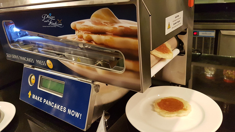 grand mercure pancake machine