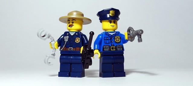 RECENZJA LEGO® City. Witamy w policji (10)