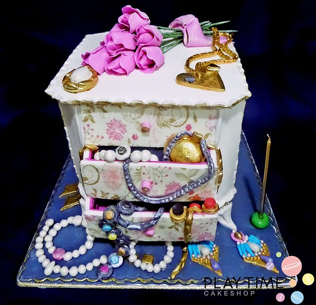 Jewelry Box Cake by Playtime Cakes