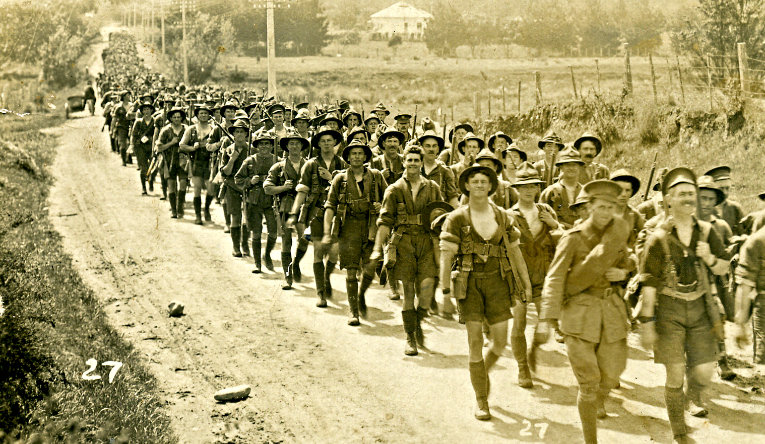 The New Zealand Division marching from Trentham to embark for Europe. Photo taken in Hutt Valley, Wellington, New Zealand, on April 14, 1916.