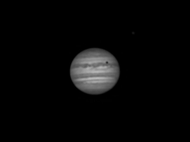 木星とイオの影 (L画像) (2018/4/27 22:45)
