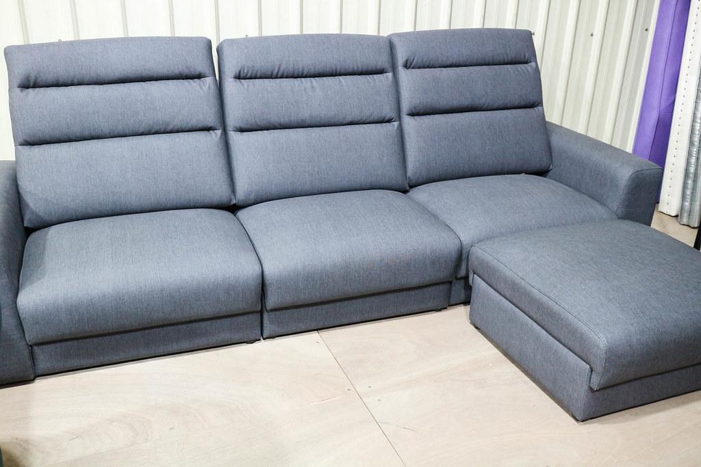 享坐沙發 (96)