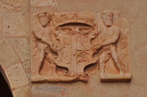 Ayllón (Segovia-España). Plaza Mayor. Ayuntamiento. Escudo