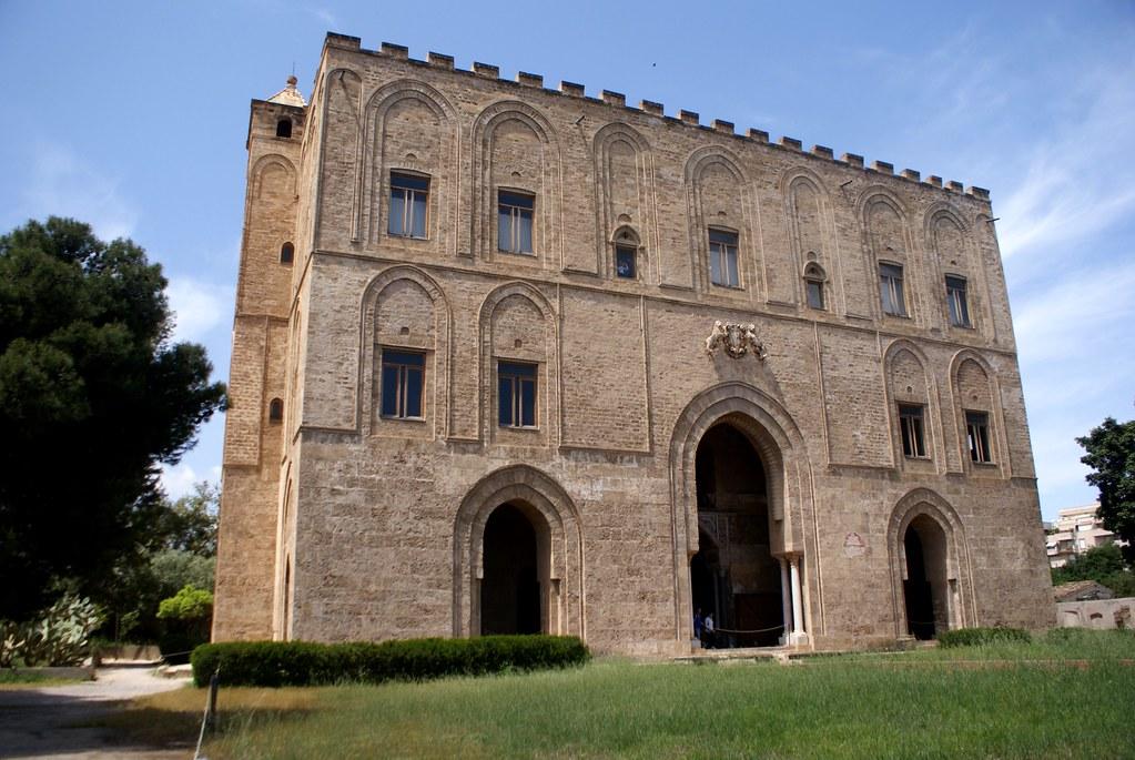 Façade du Palais de la Zisa à Palerme.