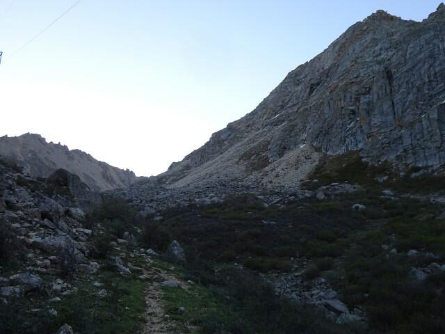 デルゲからコラ山(雀児山), 15