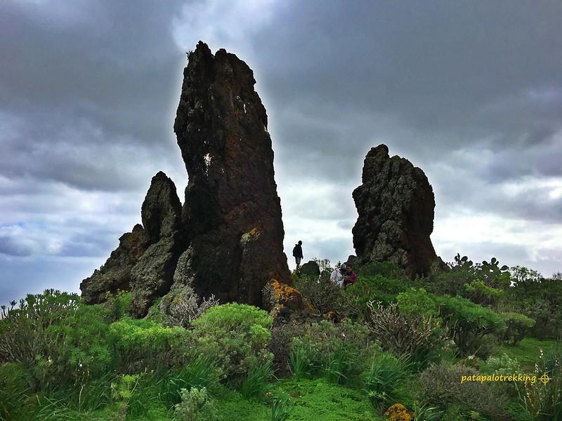 4 Bloques eráticos de lava