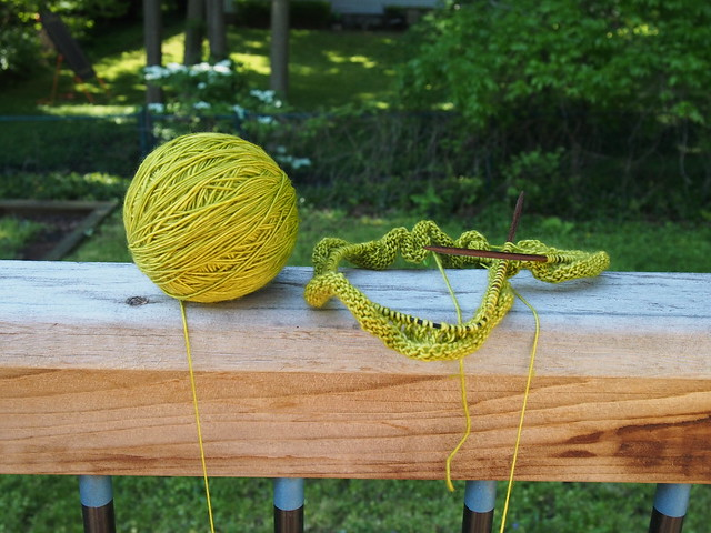 Yet Another Willow Cowl - the beginning.