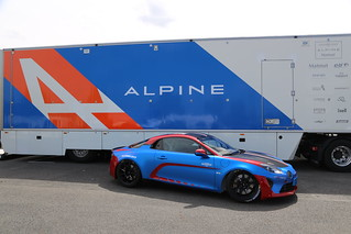 Alpine usine livraison