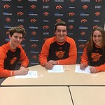 swim recruits sign 2 (iphone May 1, 2018)