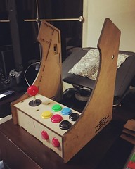 And yet another DIY project to work on this weekend :video_game::space_invader::ok_woman:♂️ #arcade #arcadecabinet #raspberrypi #retro #diy #gamer