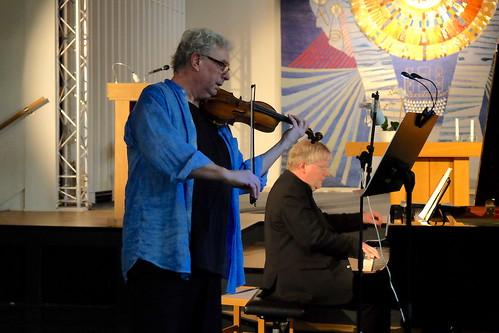 Nils-Erik Sparf, violin, och Mats Jansson, piano
