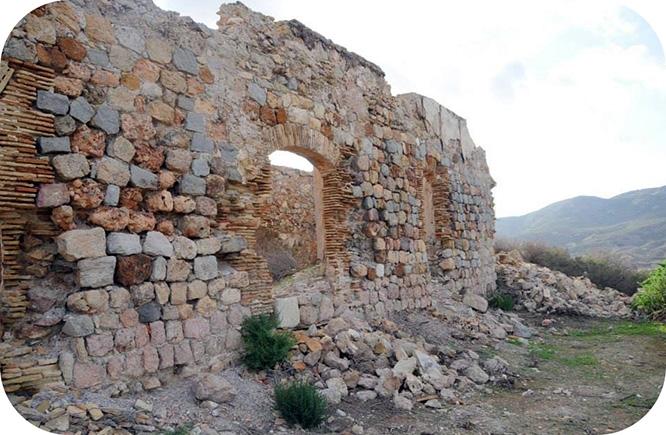 """Elaboran una """"lista roja"""" de fortificaciones en peligro de degradación extrema"""