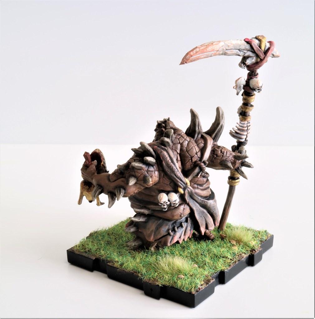 Runewars Miniatures Uthuk Y'llan Ravos Back