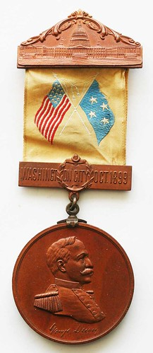 Dewey at Manila relic medal with ribbon obverse