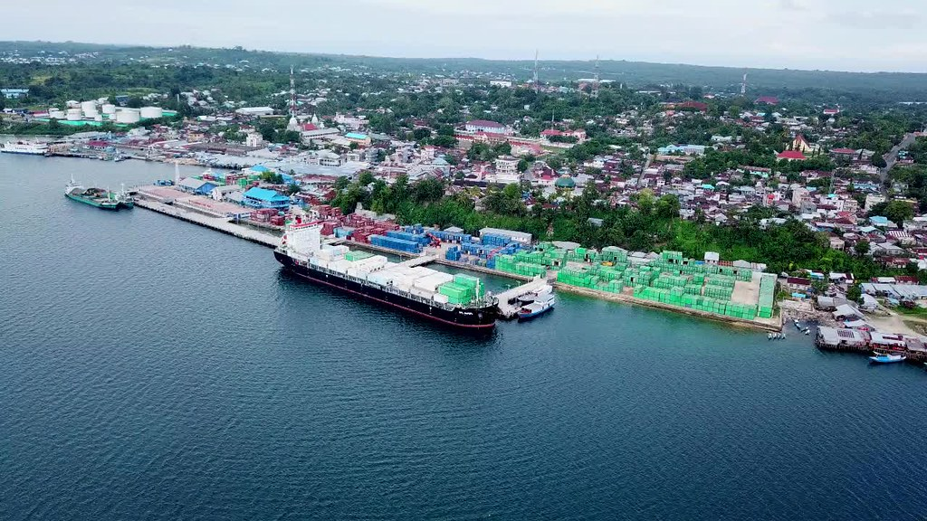Tual City Harbour, Maluku