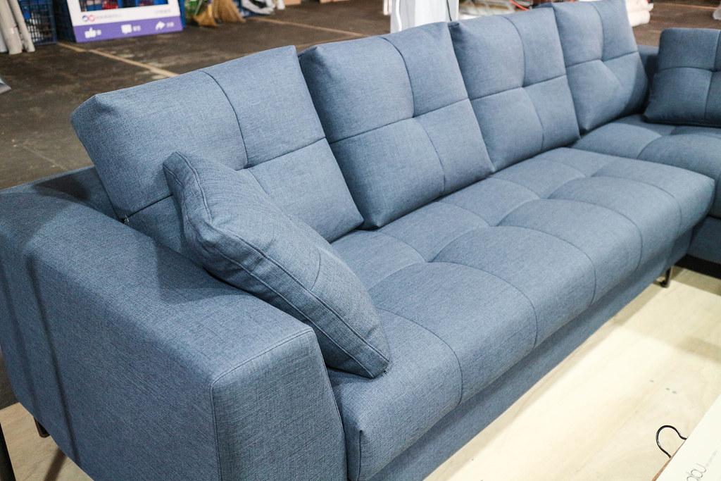 享坐沙發 (78)