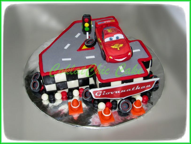 Cake angka 5 Lightning McQueen Disney Cars GIOVANATHAN