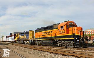 BNSF 2664 Leads WB Gardner Local Olathe, KS 5-8-14