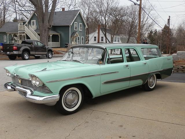1958 Plymouth Custom Suburban 4-Door 6-Passenger