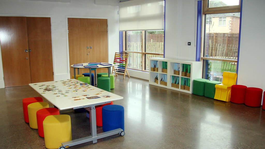 Montgomery school interior(16;9)