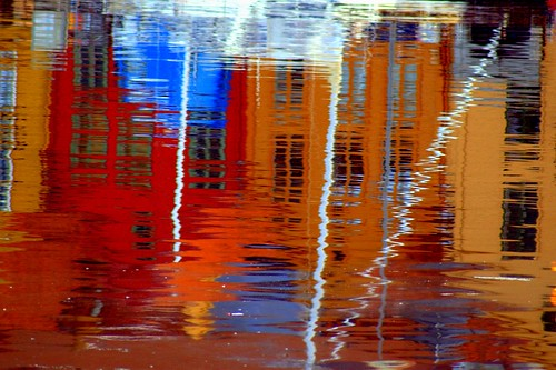 Bryggen reflection