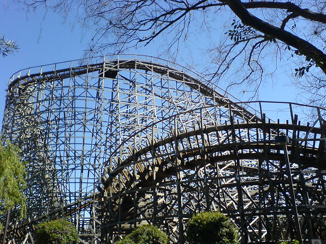 Wooden Roller Coaster Busch Gardens By Sarahlj Flickr Photo Sharing