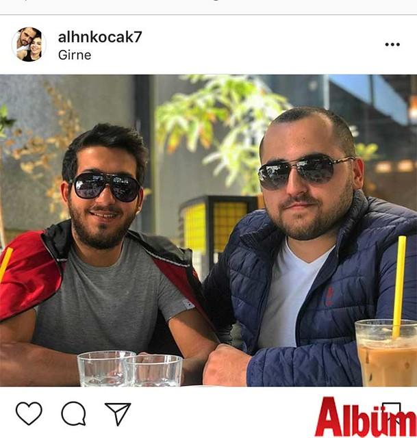 İç Mimar Alihan Koçak, yakın dostu Korkut Demir ile birlikte Girne'den bu fotoğrafı paylaştı.