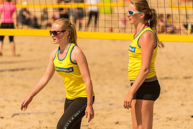 Team Yellow.
