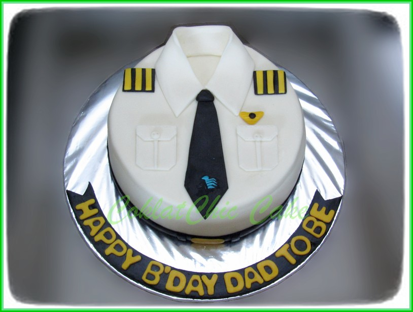 Cake Baju Pilot Garuda DAD TO BE 15 cm