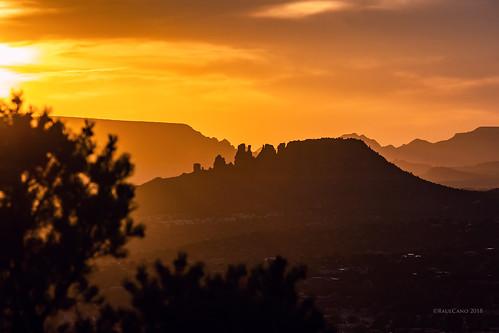 sunset silhouette sky az arizona sedona landscape earth nature raulcano canon 80d photography goldenhour mountain mountains desert