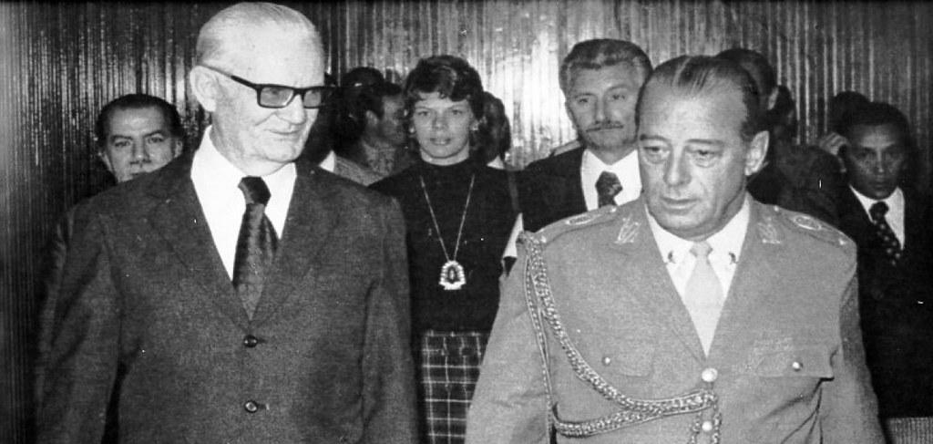 Presidente Geisel autorizou execuções de opositores durante ditadura, diz CIA, Geisel e Figueredo