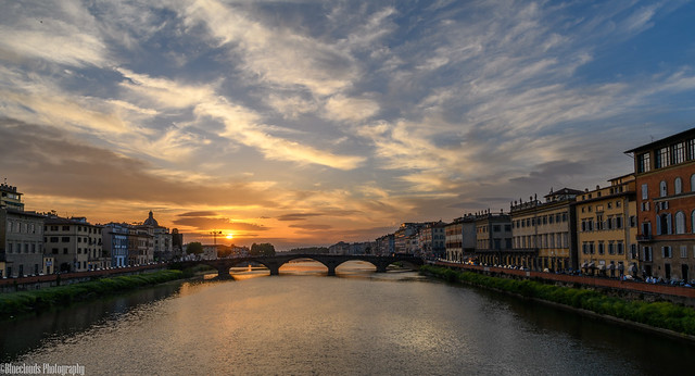 CHU_2129 (Sunset in Florence with the Ponte Alla Carraia in the backgound)