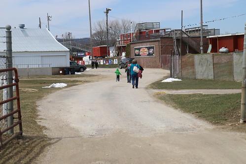 4.22.18 La Crosse Fairgrounds Speedway - entrance