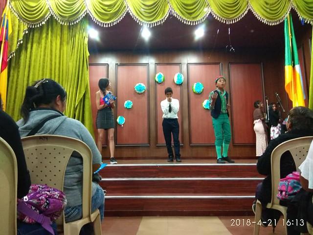 Presentación del grupo de teatro Arlequín