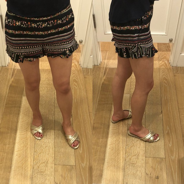 LOFT Ruffle Hem Riviera Shorts with 3 1/2 Inch Inseam, size 24/00P