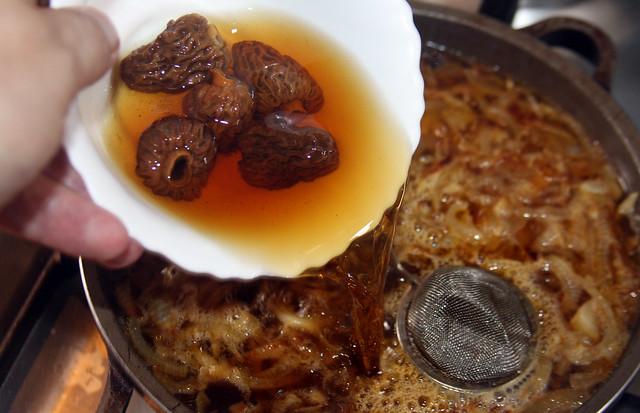 Lomo en Salsa de Cebollas Caramelizadas y Morillas (21)