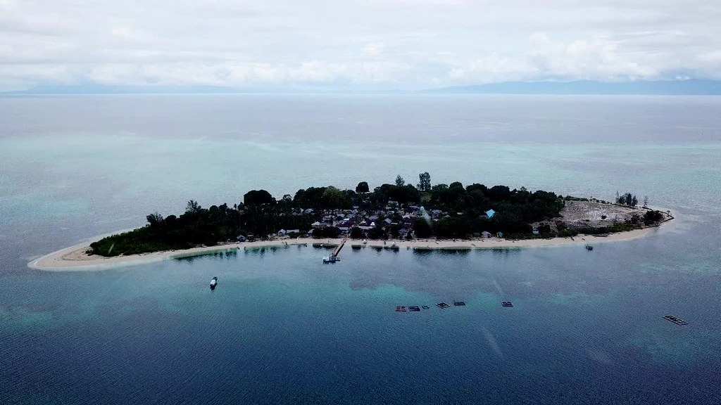 Koloray/Kolorai Island, Morotai, North Moluccas
