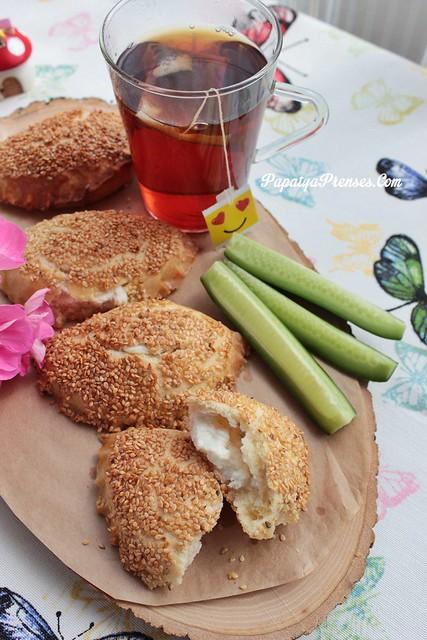 susamlı peynirli poğaça (7)