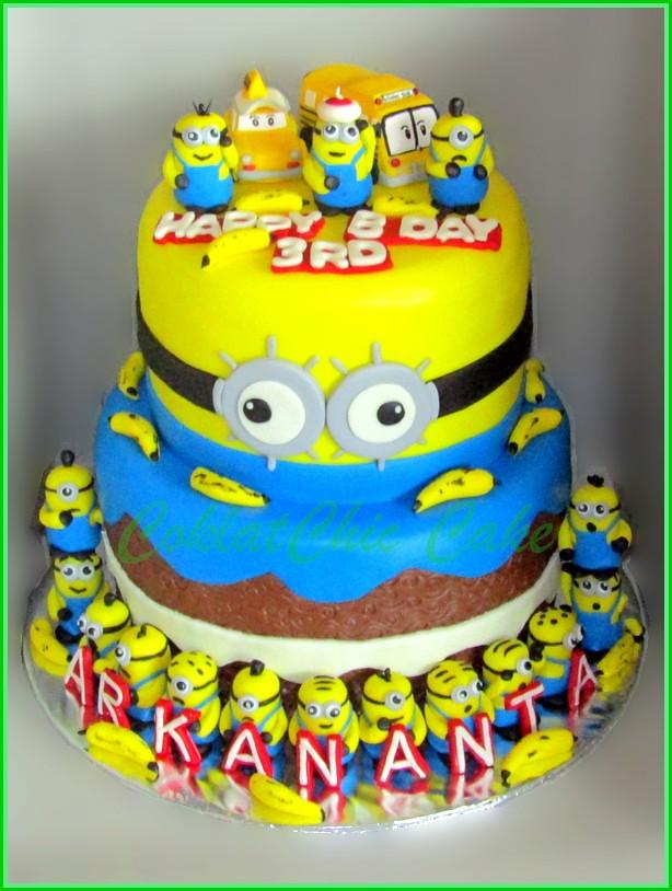 Cake Minions ARKANANTA 20 dan 15 cm