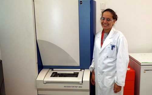 Samira Aili with mass spectrometer