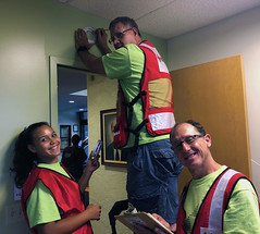 Hawaiian Electric at Sound the Alarm – May 5th , 2018: Our employees installed fire alarms.