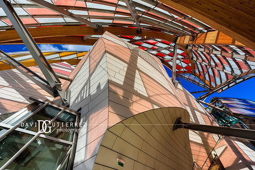 Art & Culture (II) - Louis Vuitton Foundation, Paris, France