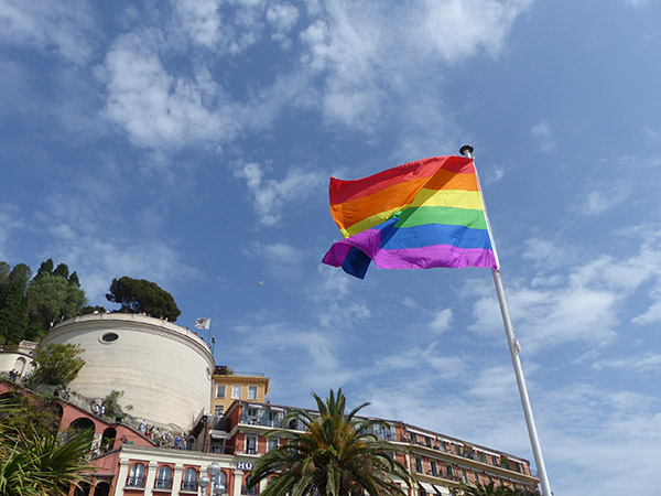 gai drapeau