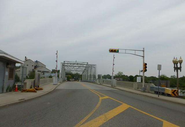 Harold J. Dillard Memorial (Court Street) Bridge