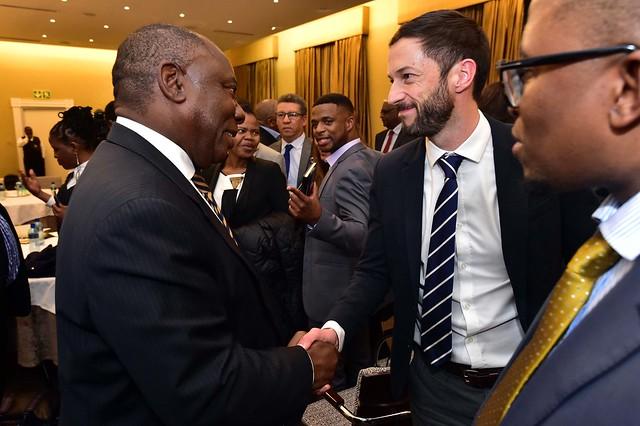 President Cyril Ramaphosa meets, Nikon D4S, AF Zoom-Nikkor 35-70mm f/2.8